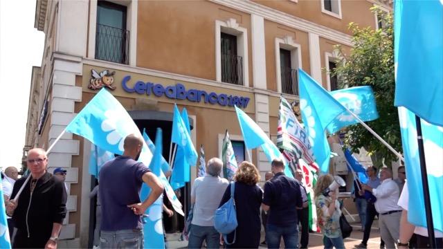 La Fabi in piazza con i lavoratori di CereaBanca1897